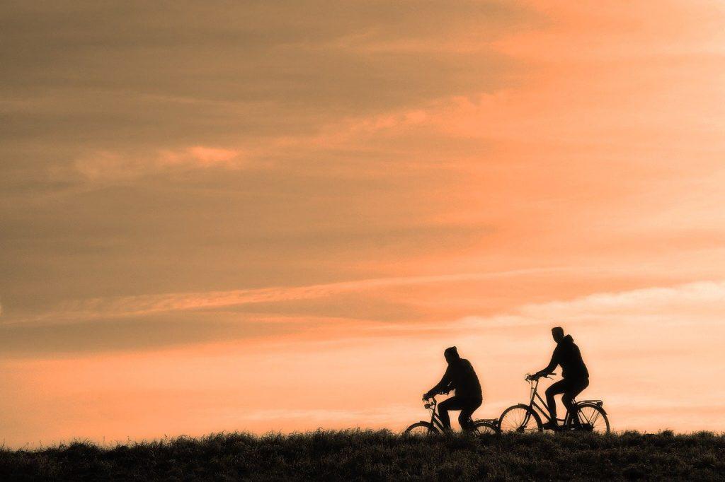 Grundlegende Ausrüstung für das Radfahren